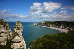 Etretat, Normandie. | My vacation! (Marc Kleen) Tags: sea vacation france beach weather photography vakantie photo sunny marc editing normandie frankrijk etretat normandi kleen