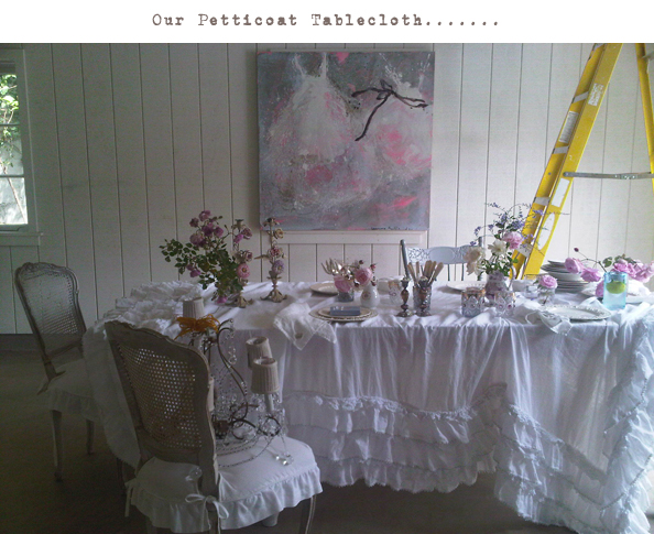 petticoattablecloth