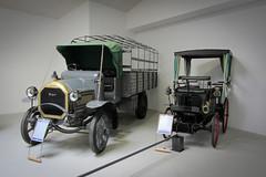 Camion 1525 (1917) et Type 10 Break (1894) (CrOS Photographie) Tags: auto old france beautiful car canon vintage french automobile voiture collection franais peugeot vieux vieille ancienne doubs sochaux sx220hs
