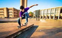 [フリー画像] 人物, 男性, 運動・スポーツ, スケボー・スケートボード, アメリカ人, 201108240500