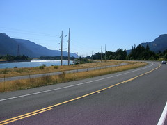 Looking west down the gorge just west of Bonneville dam