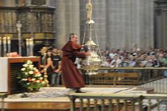 110805 SANTIAGO COMPOSTELA (292) (Carlos Octavio Uranga) Tags: camino catedral galicia incense botafumeiro incienso encens santiagocompostela alcachofa censer incensario tiraboleiros encensuar