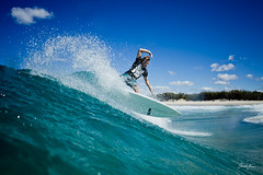 (SARA LEE) Tags: turn surf surfer australia queensland goldcoast straddie sarahlee tommyd kobetich surfhousing vivantvie ninesonsofdan