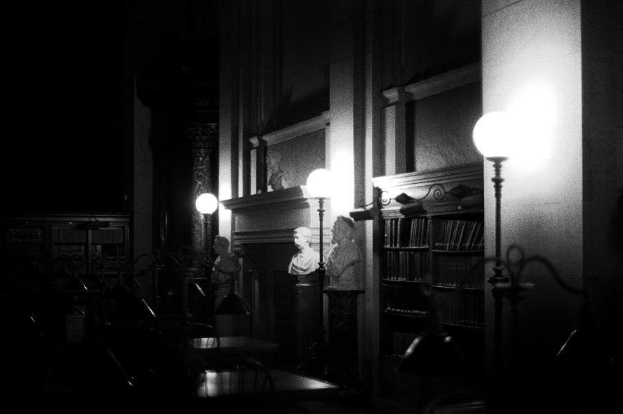 hn_librarybusts