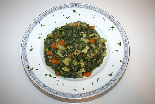 20 - Yam spinach curry with coco milk - Fertiges-Gericht