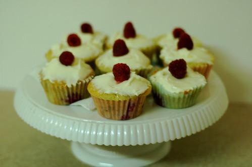 raspberry cupcakes (#235)