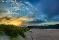 Sunset At The Beach (Lars Kehrel) Tags: blue sunset orange sun beach yellow strand colorful sonnenuntergang pentax down lars gelb colourful blau sonne dri hdr bunt hdri farbenfroh 200d k200 k200d kehrel larskehrel