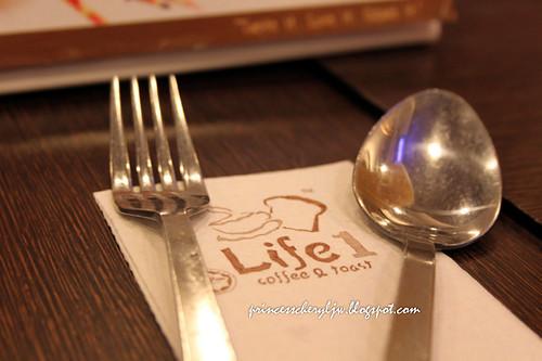 Life 1 Cafe 08