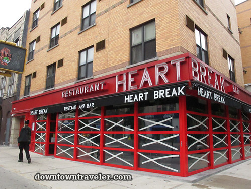 NYC getting ready for Hurricane_Heart Break Bar 2