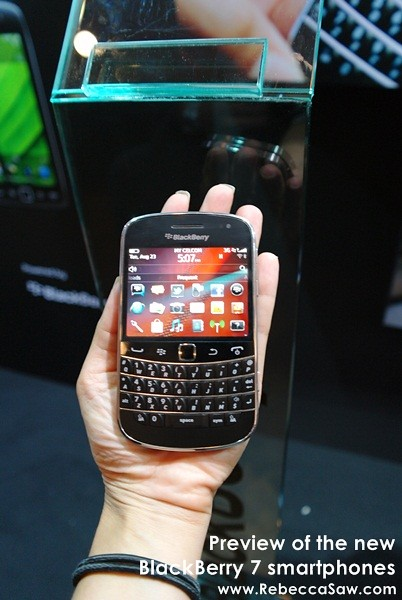 Preview of the new BlackBerry 7 smartphones-3
