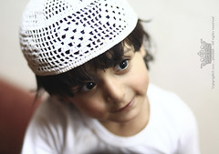 "Faisaly \    (Queen333"" ) Tags: kids canon mark traditional queen clothes ii saudi arabia 5d f18 85   qerqe3an ghadah"