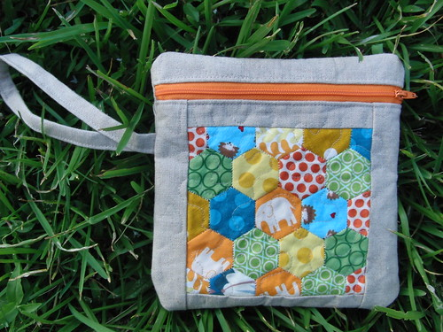 Quilted Hexie Pouch
