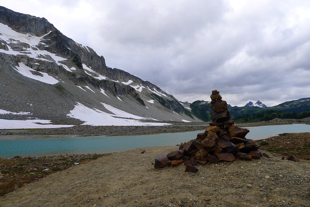 Cairn at Upper Lyman Lakes