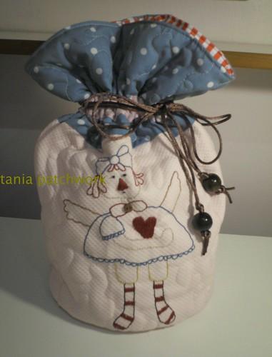 Saquinho Necessaire Annie by tania patchwork