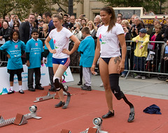 Marie-Amelie Le Fur & April Holmes paricipating in the International Paralympic Day event in Londons Trafalgar Square (Don McDougall) Tags: london fur bladerunner trafalgar trafalgarsquare le april holmes blades sprinters balde sprinter mcdougall marieamelie donmcdougall aprilholmes internationalparalympicday marieamelielefur