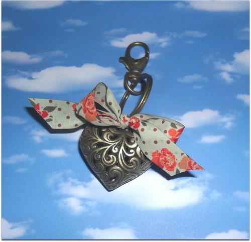 porta chaves coraçao de bronze by Fuxiquices-da-isa