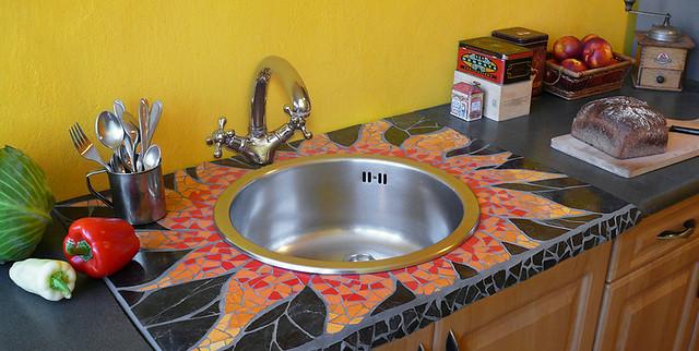 mozaika w kuchni - blat pod zlew