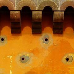 sma wall detail #116 (msdonnalee) Tags: muro wall mexique minimalism minimalismo minimalist mexcio yellowwall mexiko messico lessismore minimalisme abstractreality minimalismus   photosfromsanmigueldeallende mininalisme wallsofsanmigueldeallende fotosdesanmigueldeallende murosdesanmigueldeallende