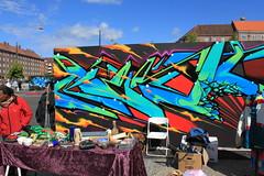 Billede 055 (Paradiso's) Tags: art wall copenhagen graffiti market kunst flea paradiso kbenhavn muur kunstwerk vlooienmarkt plads rommelmarkt valby loppemarked vg artinthemaking kunstevent toftegrds kulturhusvalby