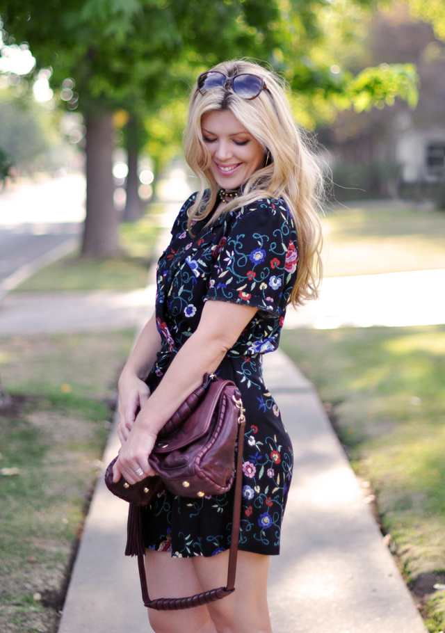 vintage floral romper and  gucci sunglasses on my head+wavy hair+burgundy bag