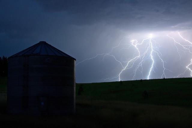 Approaching Storm, alternate take