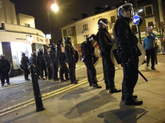 London Riots Police_small