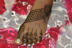 Eid henna. (Henna Craze) Tags: wedding art feet bride hands artist metro body michigan indian detroit arabic professional pakistani shaadi bridal henna mehndi novi westbloomfield dulhan mhendi sumeyya