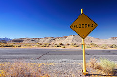 Flooded? Really? (Benoit Liard) Tags: road desert deathvalley floaded