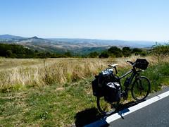 val d'orcia (Riccardo M.) Tags: travel italy cicloturismo bike italia adventure tuscany crete chianti siena toscana viaggi viaggio bicicletta maremma argentario avventura