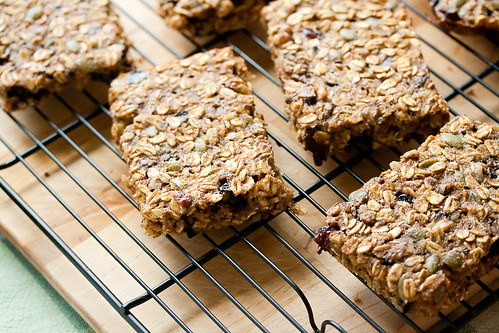 Cherry-Walnut Oatmeal Bars