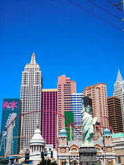 Liberty in Front of New York New York, Las Vegas (Berw Boy) Tags: statue skyline hotel day lasvegas nevada clear statueofliberty newyorknewyork lasvegasboulevard