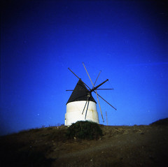 [ ☉ ] ([noone]) Tags: españa 120 6x6 windmill holga lomo xpro crossprocessed procesocruzado spain andalucia medium format medio cabodegata 2010 formato molinodeviento cfn formado mulinoavento processoinverso