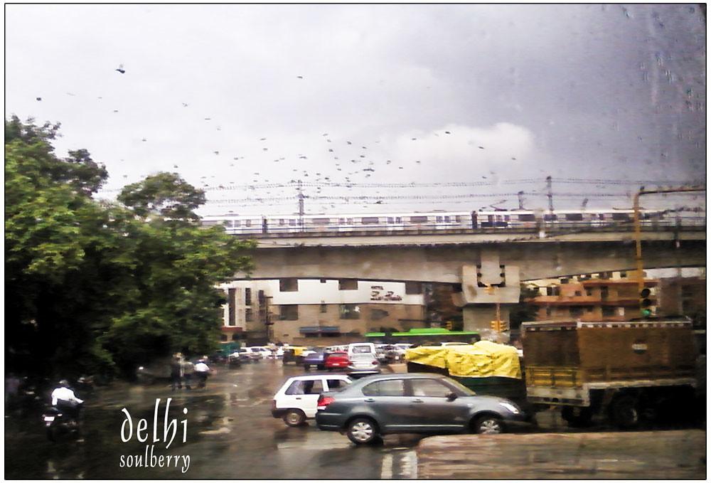 DELHI BULLY