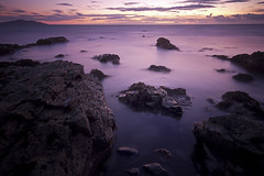 Purple Bay (Jo_Krazy) Tags: sunset sky seaweed water sand rocks long exposure tripod sigmalens1020mm canon60d