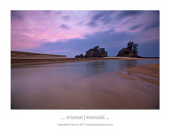 ... interset | Kemasik Beach ... (liewwk - www.liewwkphoto.com) Tags: above morning light sun sunlight beach last sunrise canon dawn golden day or magic horizon first hour malaysia rise magichour goldenhour pantai kemasik terengganu eastcoast ascent  gnd 6s 5dmark2 canon5dm2 liewwk httpliewwkmacroblogspotcom wwwliewwkphotocom  wwwliewwkphotocomblog