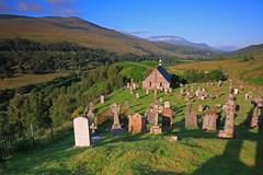 Cille Choirill Kirk . (Gordie Broon.) Tags: summer church landscape geotagged photography scotland ancient scenery alba 19thcentury scenic escocia hills highland churchyard gravestones kirk schottland ecosse glenspean invernessshire speanbridge scottishhighlands roybridge northernscotland canoneos7d gordiebroon cillechoirillchurch