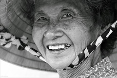 Gentle smile (-clicking-) Tags: life old portrait blackandwhite bw monochrome smile smiling happy blackwhite women faces time traces happiness elderly aged oldage oldwomen gentle visage eld happysmile nocolors happyfaces happylife vietnamesewomen tracesoftime nnl countrymothers vietnamesemothers