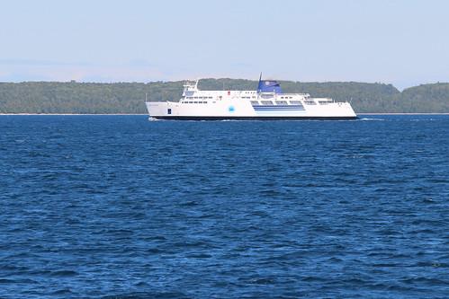 Chi-Cheemaun Ferry