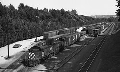 BN working at North Road (R R Horne) Tags: bc bn burnaby railroads northroad fav10