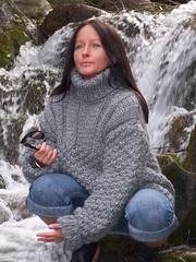 Lady in Turtleneck (Mytwist) Tags: woman wool lady female fetish sweater jumper turtleneck handknitted rollneck rollkragen creapulka rollerneck