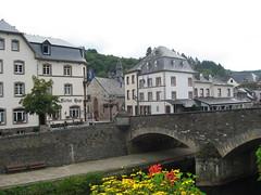 Vianden (L) Victor-Hugo huis (Arthur-A) Tags: bridge museum victor pont hugo brug luxembourg luxemburg vianden brucke