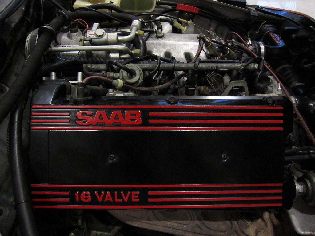 Saab 900 16V