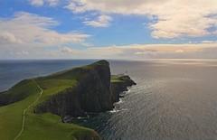 Neist Point (Neuro74) Tags: travel highlands mare isleofskye canon350d viaggi oceano baia scozia tamron1750 neistpoint egol estremità nginationalgeographicbyitalianpeople