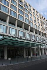 Scandic Hotel Berlin Potsdamer Platz (Corinna Witt) Tags: hotel potsdamerplatz hotels berlinmitte hotelberlin scandic hotelexterior 4starhotel hotelentrance berlinhotels hotelberlinmitte