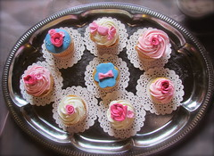 Flower cupcakes for Tea Party with my girls (HobbyMommy) Tags: cupcakes flowercupcakes shabbychiccupcakes teapartycupcakes pinkbluecupcakes
