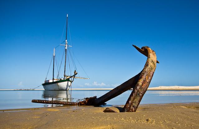 Morondava anchor, par Franck Vervial