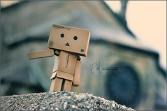 TAXI please! =\ (Abdulla Attamimi Photos [@AbdullaAmm]) Tags: boston ma photography photo amazon nikon doll photos cab taxi mini photographic 2008 2010  abdulla abdullah amm  danbo   d90  tamimi    attamimi danboard desamm abdullahamm abdullaamm altamimialtamimi    abdullaammnet abdullaammcom