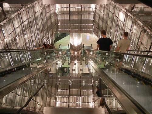 Cosmopolitan escalators