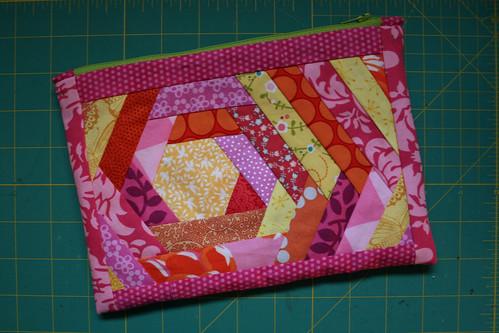 hexblock pouch 1
