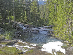 River running (Jrk3) Tags: wahiking dorothylaketrail